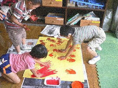 小学部低学年・図工の授業